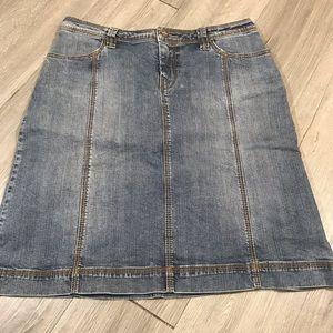 CAbi LightWash Denim Skirt size 8